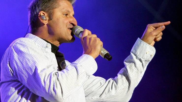 Dass er heute noch als Pur-Sänger auf der Bühne steht, hat Hartmut Engler nicht erwartet: Doch wo es schon so gekommen ist, will er es geniessen und weitermachen (Archiv).