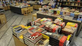 Gemäss UNESCO schaffen Buchhandel und Verlagswesen jährlich weltweit 3,7 Millionen neue Stellen, die bildenden Künste sogar 6,7 Millionen (Archiv).