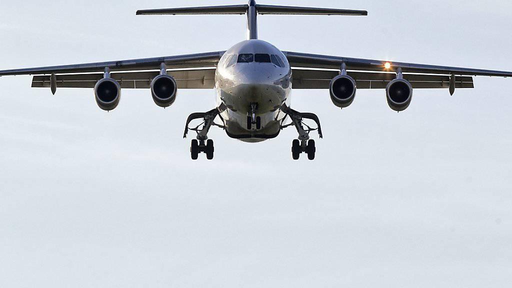 Die Swiss schickt den Jumbolino in Pension. Der letzte Flug mit zahlenden Passagieren wurde von London nach Zürich durchgeführt. (Archiv)