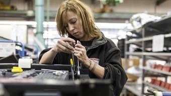 Die Zahl der erwerbstätigen Frauen ist um 4,3 Prozent gestiegen, (Symbolbild)
