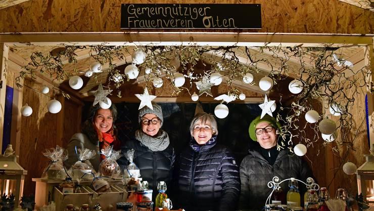 Der Gemeinnützige Frauenverein Olten will Senioren Zeit schenken, die keinen Besuch mehr im Altersheim Stadtpark erhalten. Von links: Liselotte Züllig, Nathalie Mühlemann Haefeli, Doris Meister und Cornelia Kaeser.