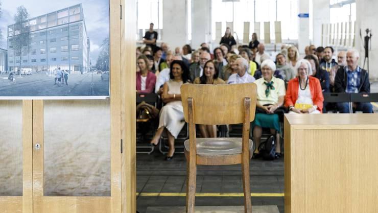 Ausstellung Inspiration durch Transparenz organisiert durch Kunst Begegnung Buchegg. Im der ehemaligen Papierfabrik Biberist