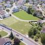 Eigentlich sollte hier eine neue Überbauung entstehen – doch die Gemeinde stoppt das Projekt bis auf weiteres.