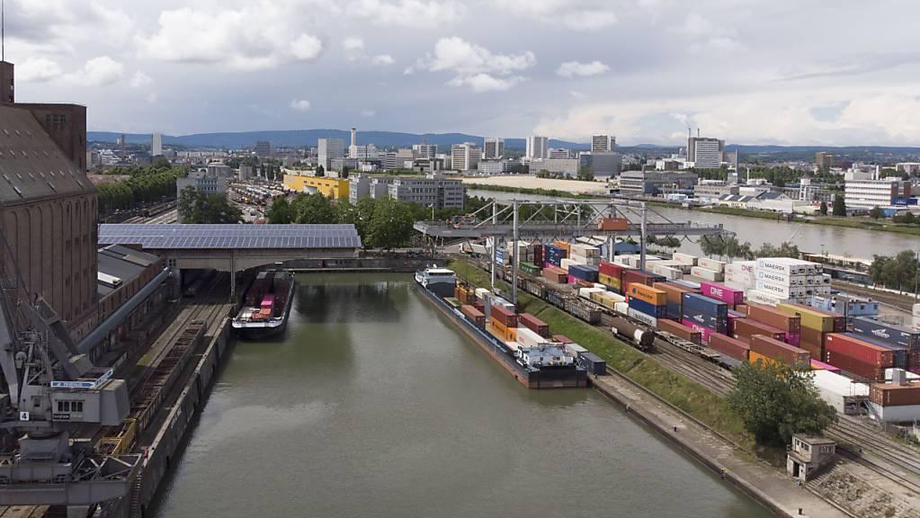 Der Baurechtsvertrag für Swissterminal läuft am Basler Hafen Kleinhüningen 2029 aus.