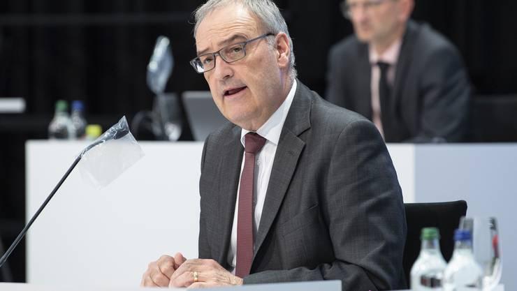 SVP-Bundesrat und Wirtschaftsminister Guy Parmelin hatte den Kantonen ein vereinfachtes Bewilligungsverfahren für Kurzarbeit erlaubt. Diese Erleichterungen werden Ende August aufgehoben.