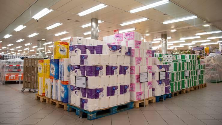 Aus welchem Grund auch immer: WC-Papier ist zum Verkaufsschlager geworden.