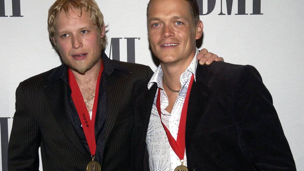 Der US-Musiker Matt Roberts (links) wurde tot in einem Hotel gefunden. (Archivbild)