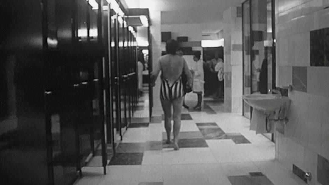 Ein ungenierter Blick in das neu eröffnete Thermalbad anno 1964