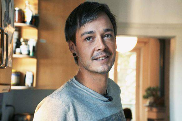 Philippe Wietlisbach teilt sein Einkommen mit sechs anderen Menschen.