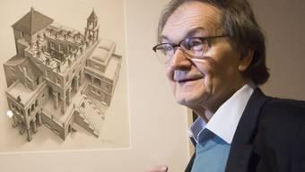 Der frischgebackene Physik-Nobelpreisträger Roger Penrose hat viele Talente und mag beispielsweise Geometrie. 1997 strengte er eine Copyright-Klage gegen den Kleenex-Hersteller an, weil dieser ein von Penrose erfundenes Muster auf WC-Papier prägte. (Archivbild)