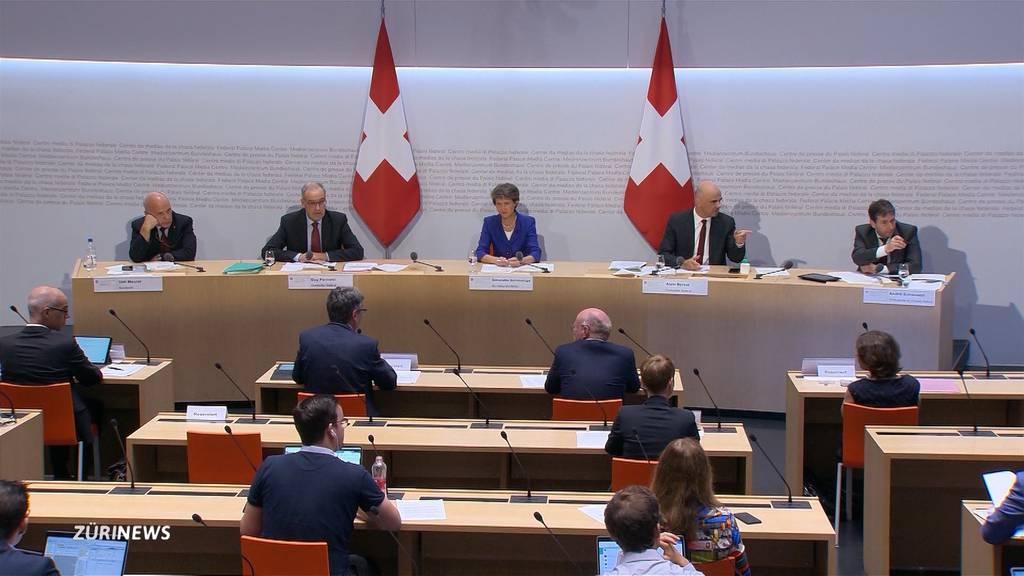 Bundesrat verhängt Maskenpflicht im ÖV