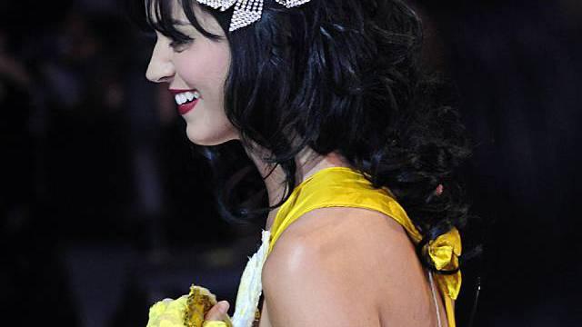 Katy Perry ist mit ihrem Verlobten überglücklich (Archiv)