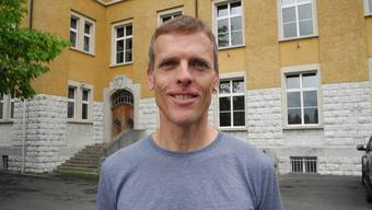 """Beat Hess, Fraktionschef der Grünen, will nochmals über den """"Antrag auf Teilrevision der Gemeindeordnung"""" abstimmen lassen."""