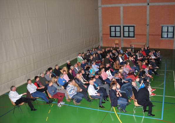 Über 100 begeisterte Zuschauer genossen das poetisch-clowneske Theater.