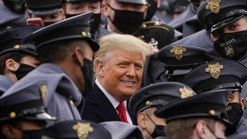 18 Prozent der Stimmen reichten: US-Präsident Donald Trump ist in einer Umfrage zum «am meisten bewunderten Mann» in den USA gewählt worden. Foto: Andrew Harnik/AP/dpa