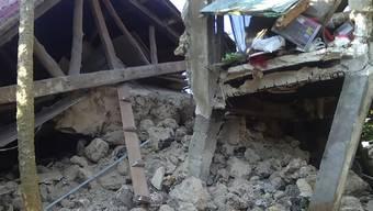 Bei einem Erdbeben der Stärke 5,4 sind im Norden der Philippinen mindestens acht Menschen ums Leben gekommen. 60 Weitere wurden verletzt.