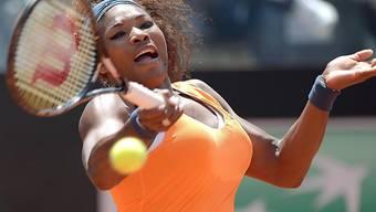 Serena Williams beim Vorhand-Schlag.