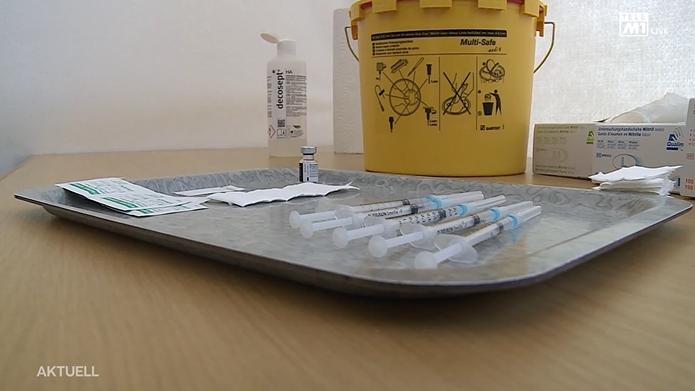 In Solothurn wurde am Montag zum ersten Mal im Kantonalen Impfcenter geimpft.