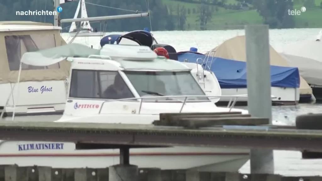 Schiffbruch auf Zugersee: 77-Jähriger immer noch vermisst