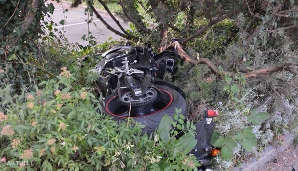 Das Motorrad nach dem Unfall.