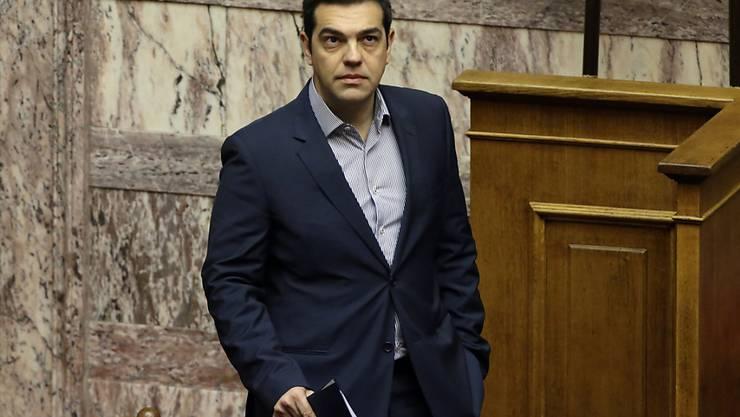 Der griechische Regierungschef Alexis Tsipras zeigt sich  bestürzt über die neue Flüchtlingstragödie bei Kalymnos. (Archiv)