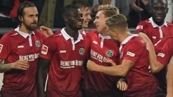 Hannover hat Grund zum Jubeln - zum ersten Mal seit 48 Jahren steht man wieder an der Bundesliga-Spitze