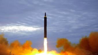 Nordkorea hat am Samstag erneut Raketensysteme getestet. (Symbolbild)