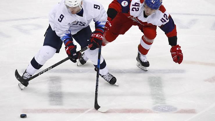 Die USA mit Brian O'Neill zogen gegen Tschechien mit Petr Koukal den Kürzeren