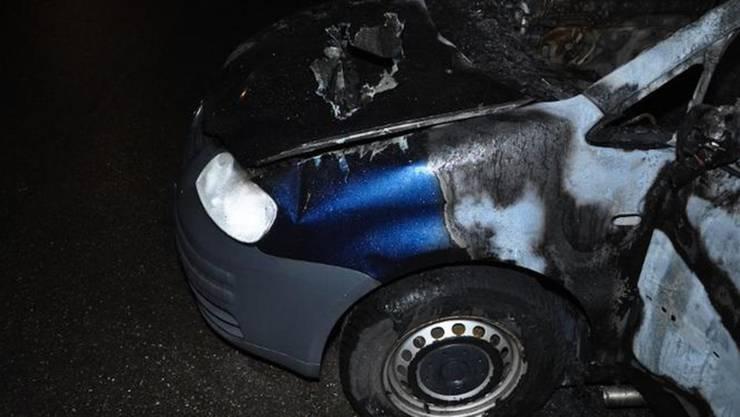 Das ausgebrannte Auto, in dem die kopflose Leiche gefunden wurde.