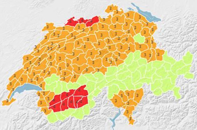 In Mittelland, Westschweiz und Tessin herrscht erhebliche Gefahr (3), in Basel und im Wallis grosse Gefahr (4).