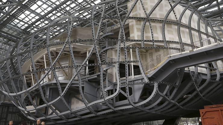 """Das Römer Kongresszentrum """"La Nuvola"""" - hier noch unfertig 2014 - wird fast 18 Jahre nach seiner Konzipierung endlich eröffnet. (Archivbild)"""