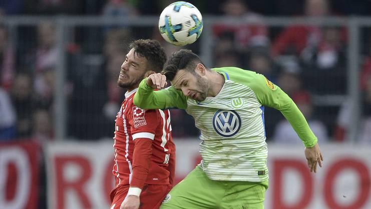 Renato Steffen, hier im Dress von Wolfsburg während dem Spiel gegen Bayern München