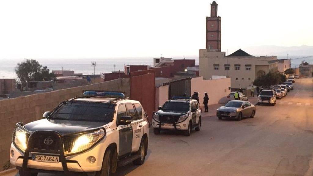 Polizeieinsatz in der spanischen Enklave Ceuta: Bei einer Razzia wurden zwei mutmassliche IS-Anhänger festgenommen.