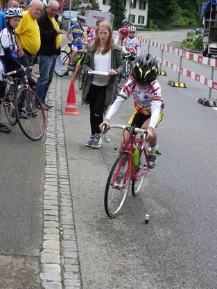 Beim Parcours wurde von den jungen Rennfahrerinnen und Rennfahrern einiges Geschick abverlangt.