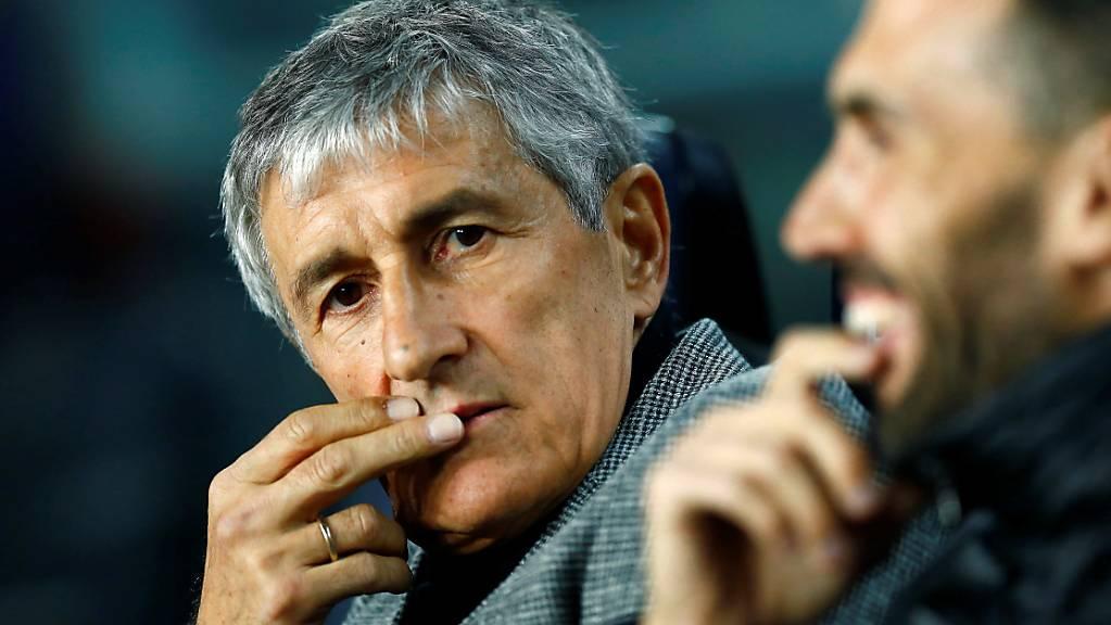 Barcelonas neuer Cheftrainer Quique Setién wirkt bei seinem Einstand etwas nachdenklich