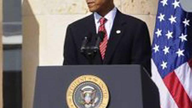 Obama ehrt Opfer des Massakers