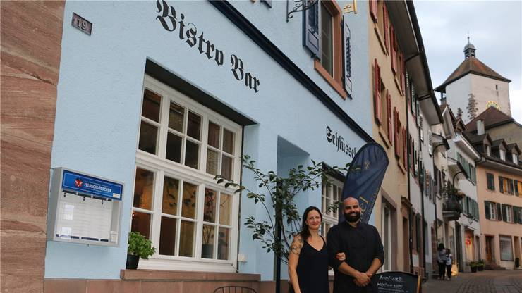 Öffnen den «Schlüssel» in Rheinfelden ab Oktober auch über Mittag: Melanie Hettesheimer und Sava Savov. Bild: dka