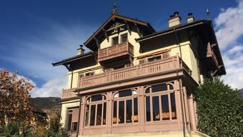 In der Villa Ruffieux wird für ein bis drei Monate ein Zimmer und ein Atelier oder Büro zur Verfügung gestellt.