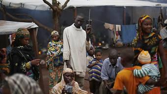 Tipps für Flüchtlinge: Neuer Radiosender in Betrieb (Symbolbild)
