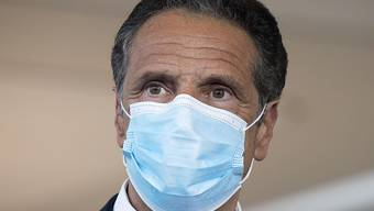 ARCHIV - Andrew Cuomo, Gouverneur von New York. Foto: Mark Lennihan/AP/dpa