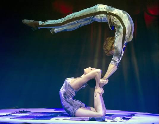 Bodenakrobatik des Duos You&Me der Ukrainer Igor Gavva und Iuliia Palii