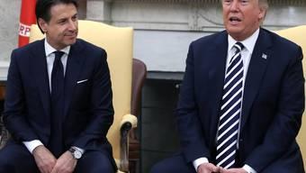 US-Präsident Trump hat den italienischen Regierungschef Conte  im Weissen Haus empfangen. Beide verfolgen bei der Flüchtlings- und Einwanderungspolitik einen ähnlich harten Kurs.