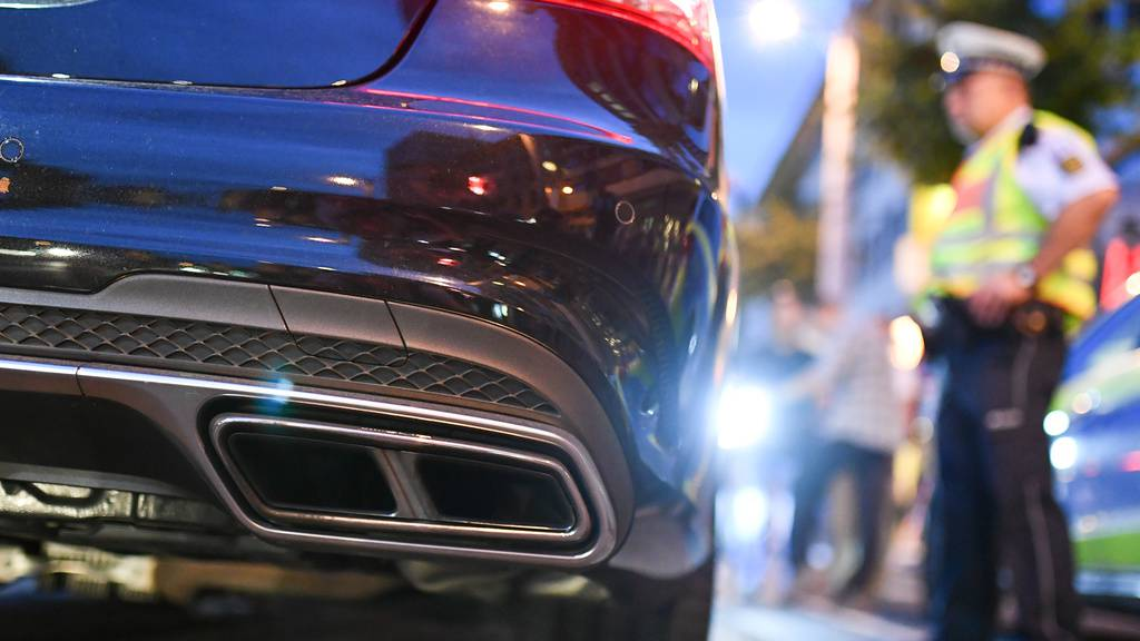 Posertreffen mit über 300 Autos – darunter viele Schweizer
