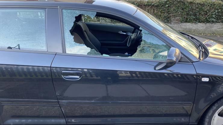Baden AG, 27. Januar: Die Aargauer Kantonspolizei verzeichnet in der Region Baden mehrere Fahrzeugaufbrüche. Die Täter sind vermutlich Gelegenheitsdiebe.