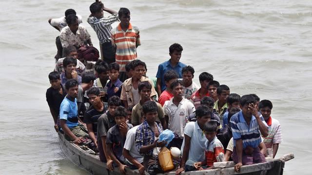 Rohingya flüchten vor der Gewalt in Burma (Archivbild)