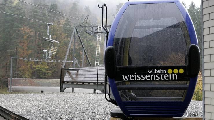 Die Gondelbahn soll im Herbst 2014 auf den Berg fahren. (Archiv)