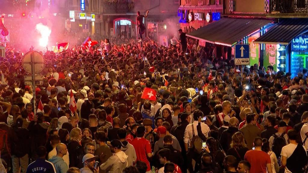 Viertelfinal-Qualifikation: Haltlose Partynacht in der Schweiz