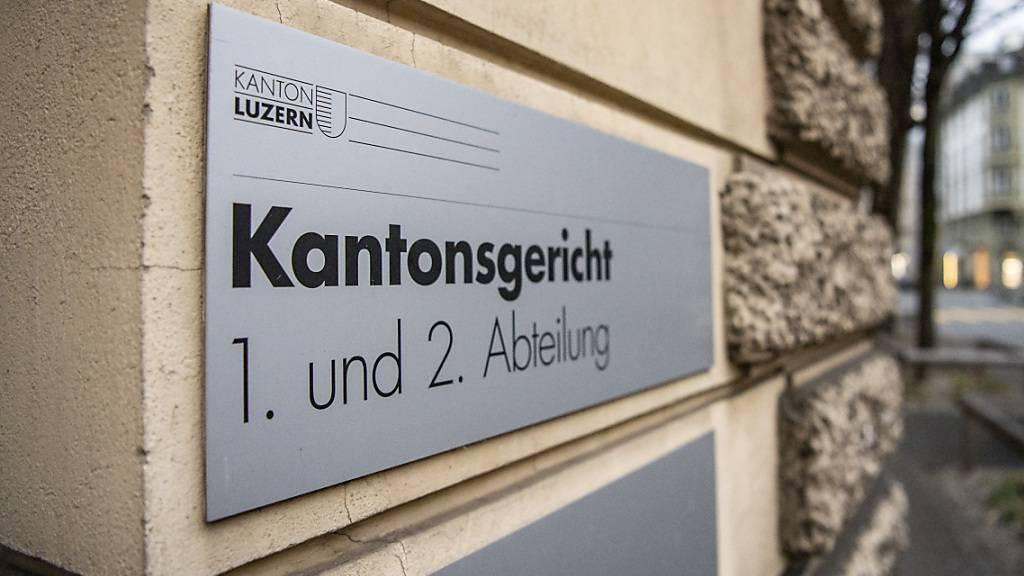 Das Luzerner Kantonsgericht will nicht, dass die Notare grundsätzlich nach Zeit entschädigt werden. Es hat dem Regierungsrat eine entsprechende Gesetzesvorlage unterbreitet, die nun in der Vernehmlassung ist. (Archivaufnahme)