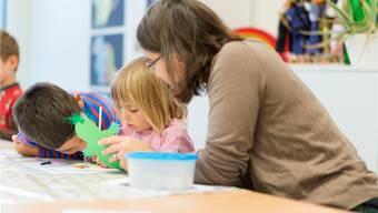Sechs Kinder beginnen ihr neues Schuljahr in der Freien Schule Funke (Symbolbild)