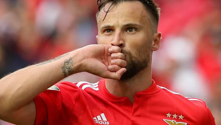 Haris Seferovic ist mit Benfica Lissabon nach der Corona-Pause mit Benfica zum Leader FC Porto aufgeschlossen